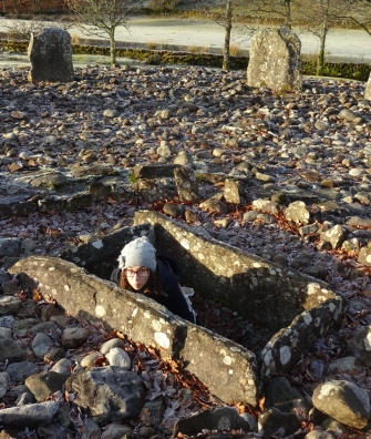 Alcove Gremlin attempting to Gremlin in the centre of a stone circle