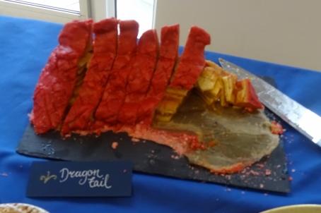 "The ""dragon tail"" cake"