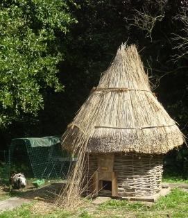 The roundchickenhouse