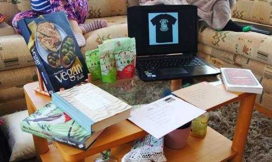 The artfully arranged birthday presents